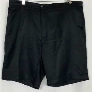 Hagar black men's shorts size 44.